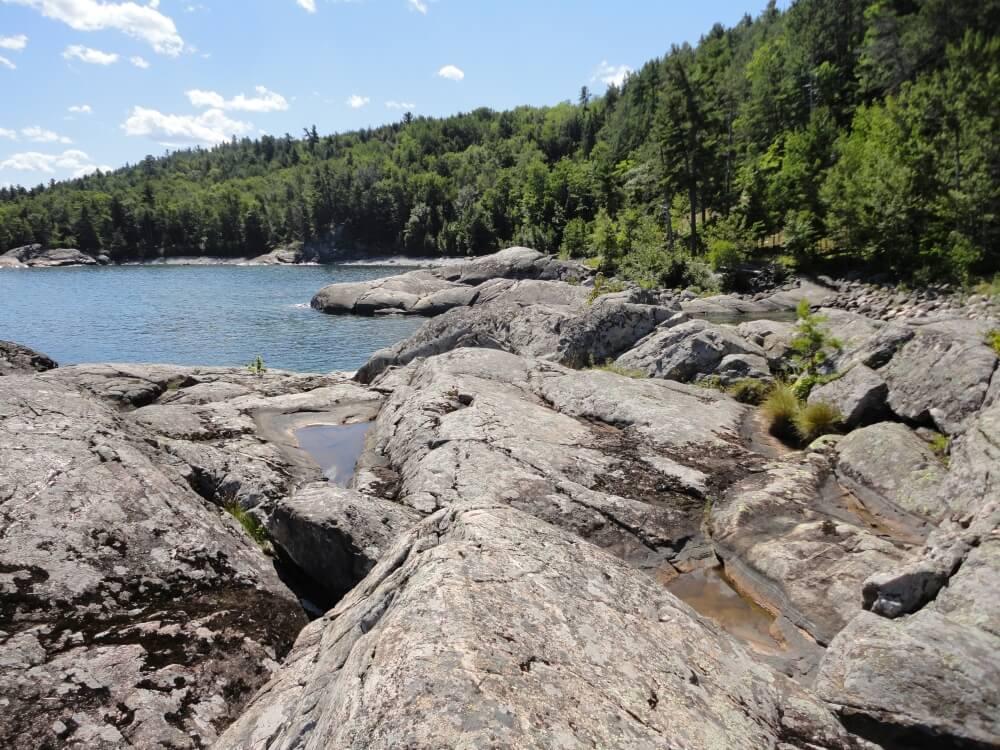 Granite-Bedrock-Lakeshore-3071